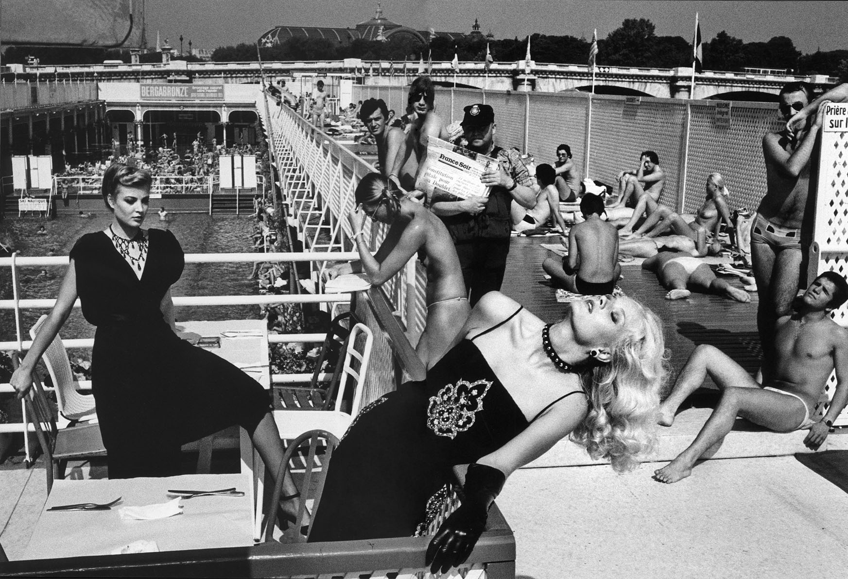 AT THE PISCINE DELIGNY | PARIS | FRENCH VOGUE | 1978 |  PHOTOGRAPHY HELMUT NEWTON