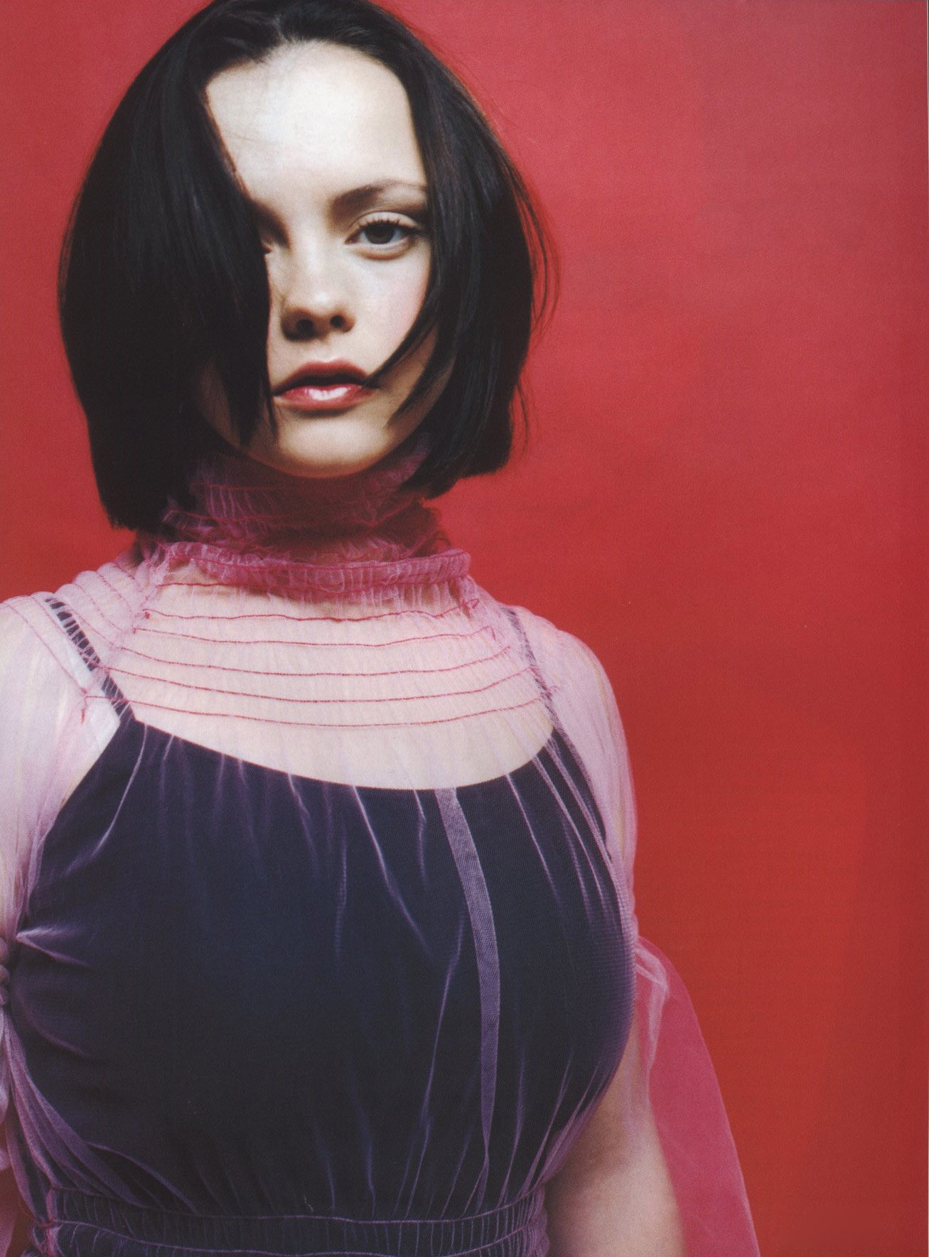 CHRISTINA RICCI PHOTOGRAPHY ELAINE CONSTANTINE THE FACE NO 21 OCTOBER 1998