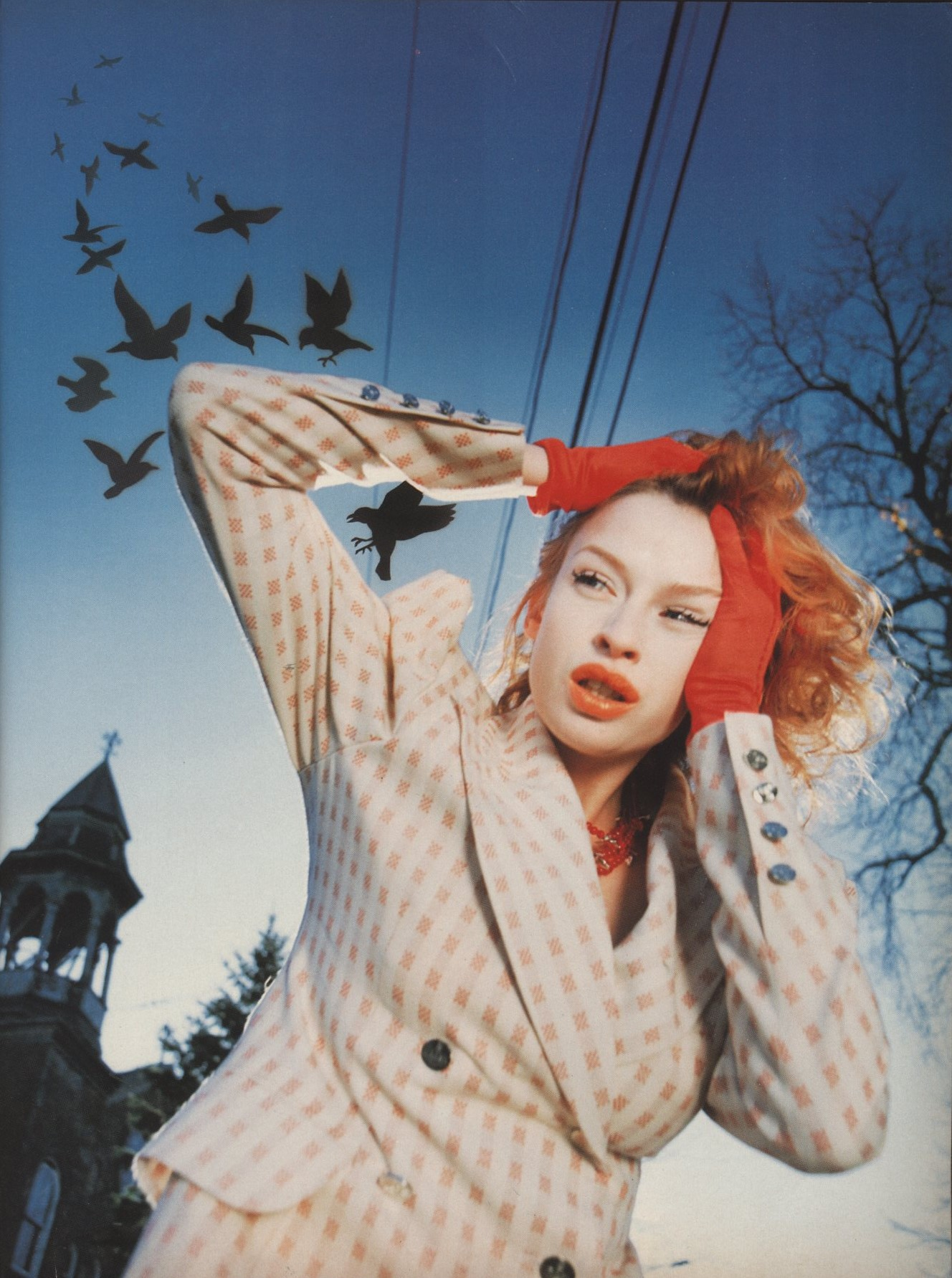 CLARE MULHOLLAND JACKET VIVIENNE WESTWOOD THE BIRDS PHOTOGRAPHY NINA SCHULTZ STYLING SETA NILAND THE FACE NO 77 FEBRUARY 1995