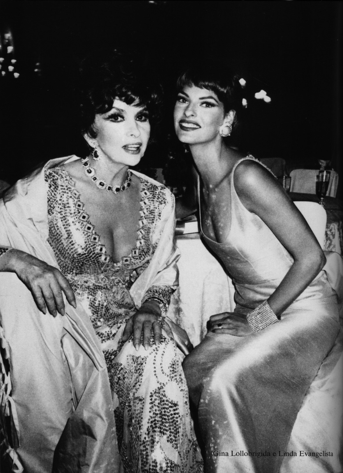 GINA LOLLOBRIGIDA AND LINDA EVANGELISTA | PHOTOGRAPHY ROXANNE LOWIT | VOGUE GIOIELLO | SEPTEMBER 2000