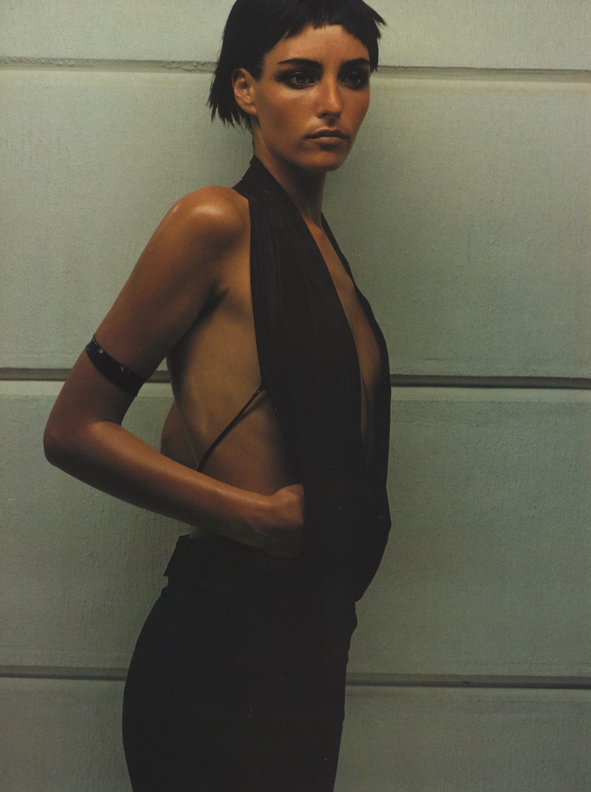GUCCI | PHOTOGRAPHY WAYNE MASER | FASHION EDITOR  SARAJANE HOARE | HARPER'S BAZAAR | MAY 1997
