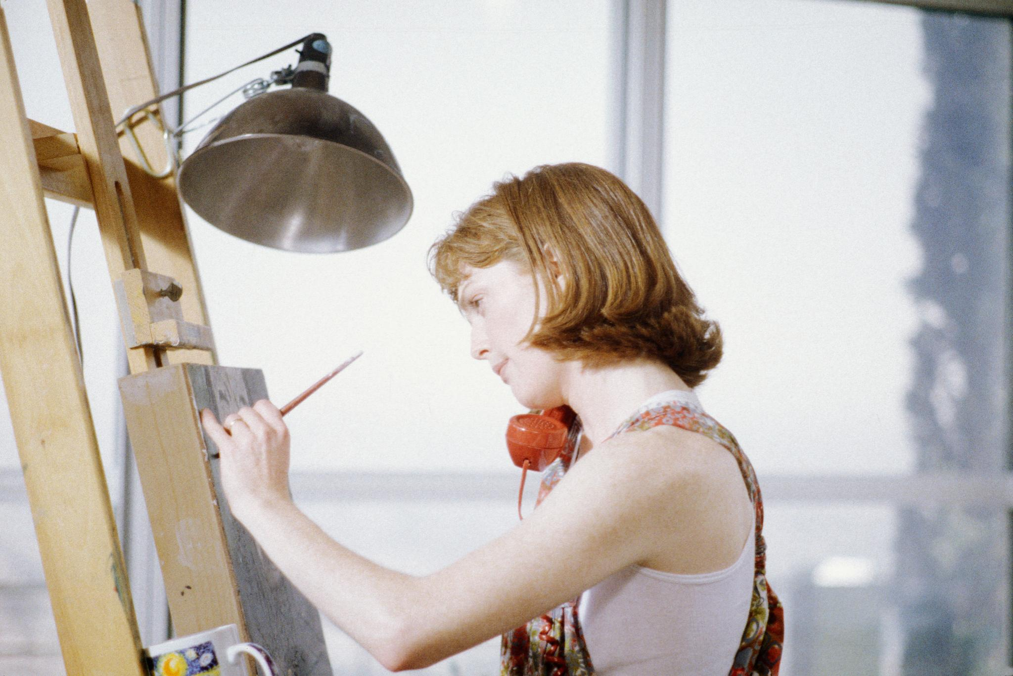 JULIANNE MOORE SHORT CUTS DIRECTED BY ROBERT ALTMAN 1993