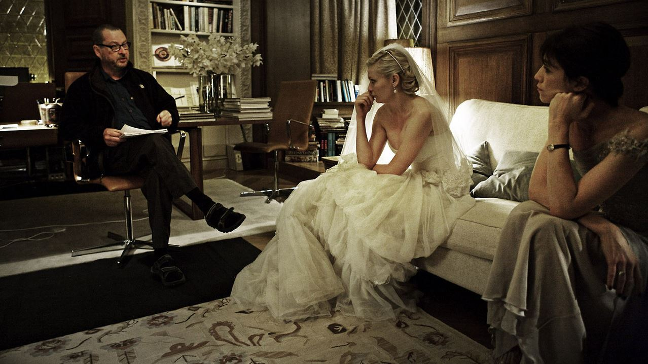 LARS VON TRIER, KIRSTEN DUNST AND CHARLOTTE GAINSBOURG ON THE SET OF MELANCHOLIA | 2011