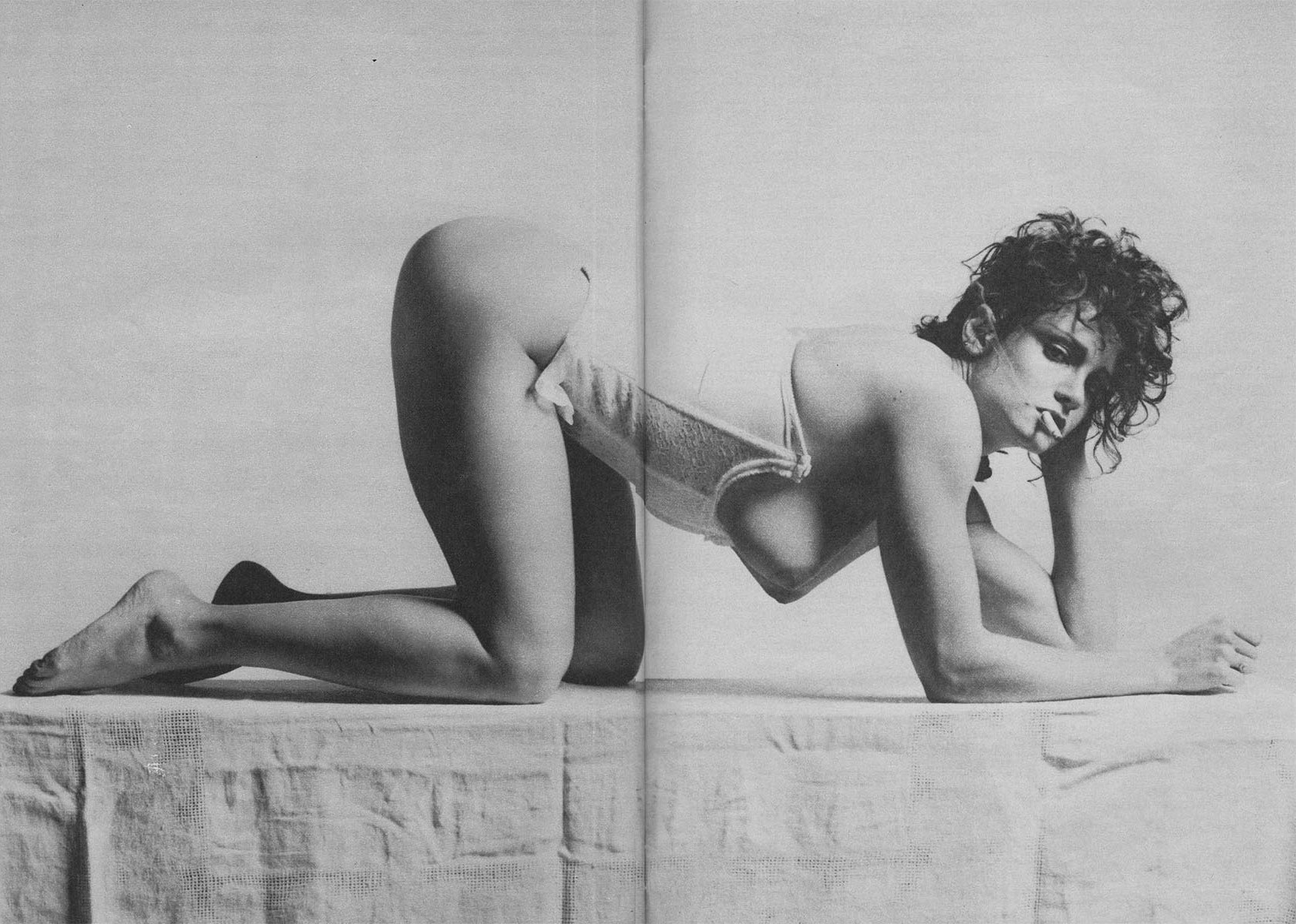 LISA LYON | 1981 | PHOTOGRAPHY ROBERT MAPPLETHORPE | MAX | APRIL 1985