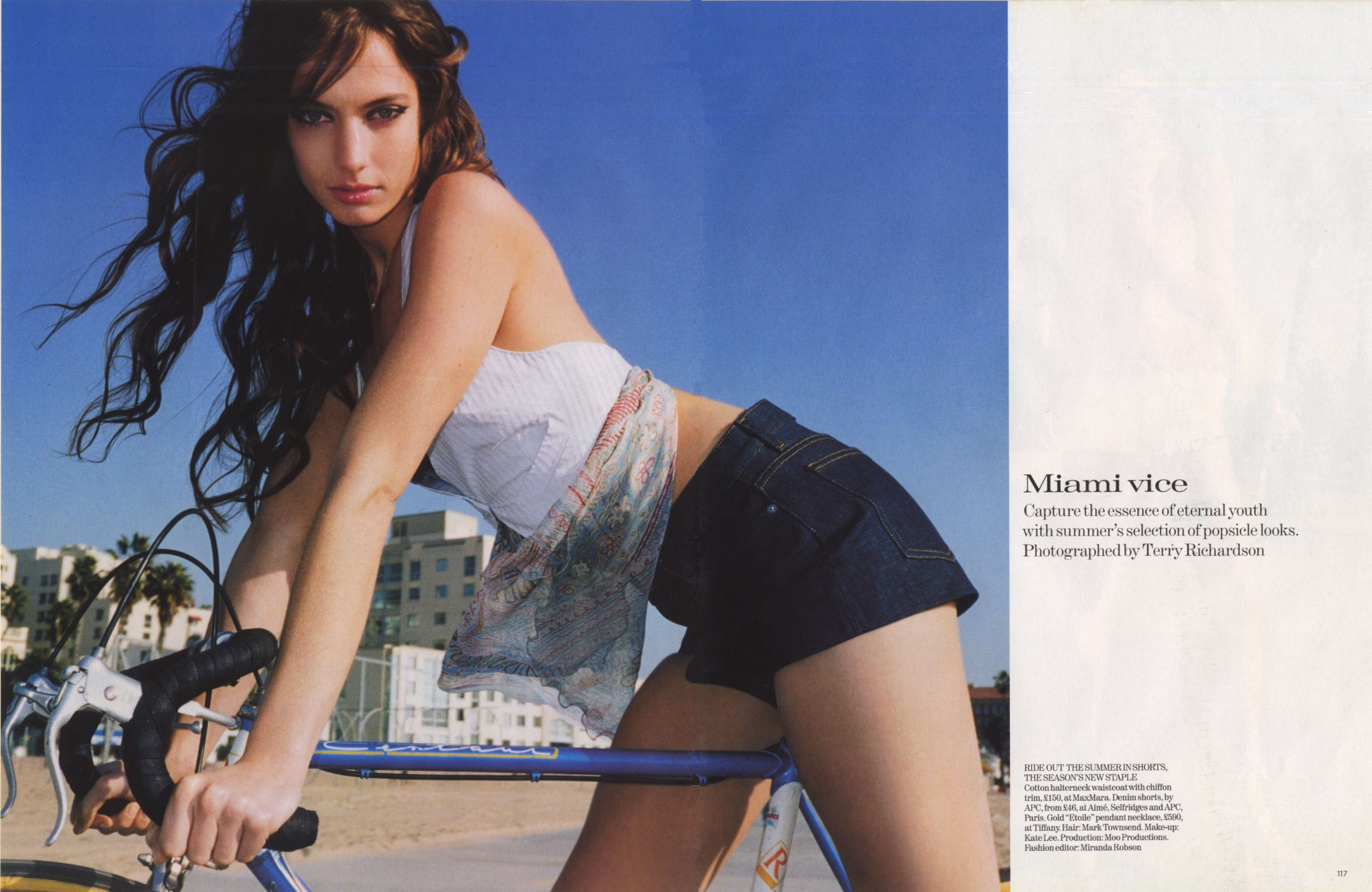 MIAMI VICE | PHOTOGRAPHY TERRY RICHARDSON | VOGUE UK | JULY 2004