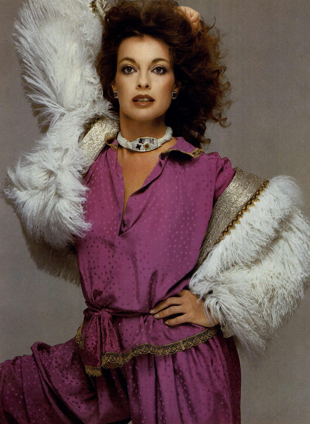 RICHARD AVEDON | LINDA GREY | VOGUE US | NOVEMBER 1981
