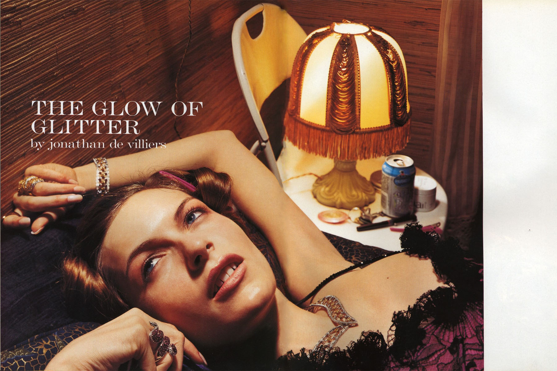 THE GLOW OF GLITTER | PHOTOGRAPHY JONATHAN DE VILLIERS | VOGUE UNIQUE | SUPPLEMENT | VOGUE ITALIA N.625 | SEPTEMBER 2002